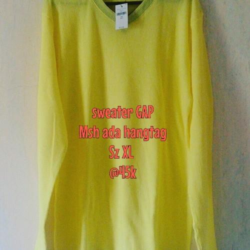 Foto Produk Sweater GAP Yellow dari WiYuWi WatchZone