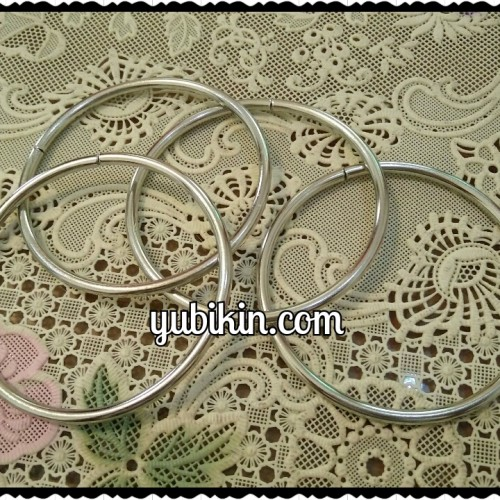 Foto Produk Ring Besi 7cm Nickel warna Silver Tipis dari Yubikin Craft