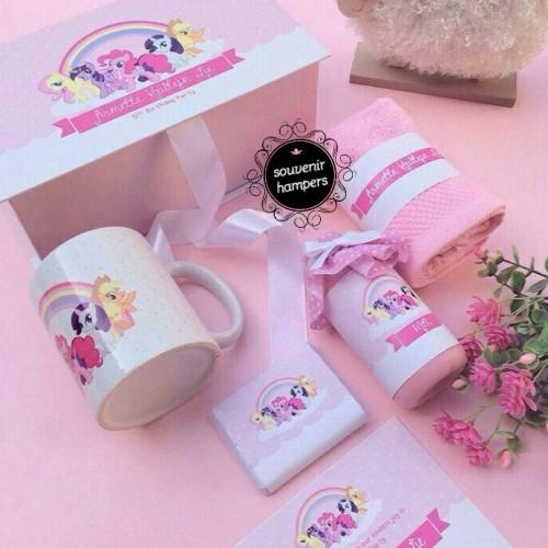 Foto Produk hampers/souvenir ultah/manyek dari Chloe boetik