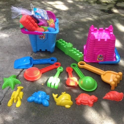 Foto Produk Ember Istana Pasir Mainan Anak Sekop Ikan Siput Teman Renang Pantai - Merah Muda dari Sportsite