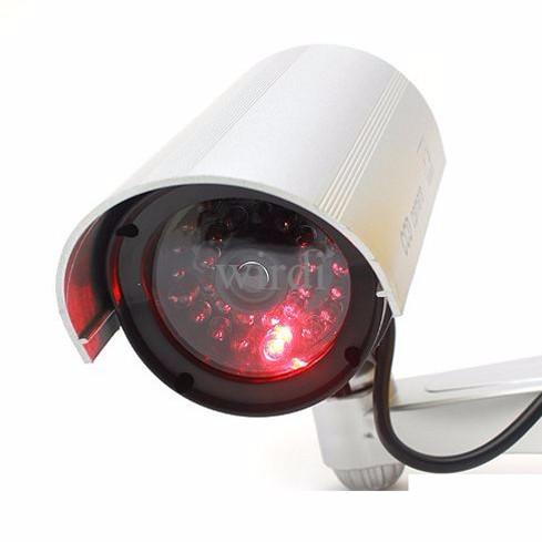 Foto Produk CCTV dummy palsu SILVER lengkap dengan kabel, tenaga baterai dari wirdi