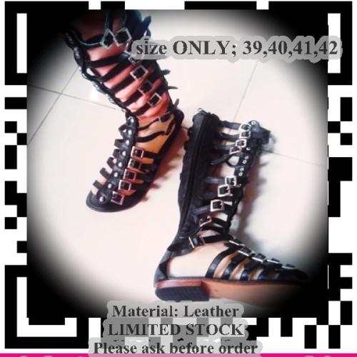 Foto Produk Sendal Boots Kulit size 39-42) dari LaPelosa Shop