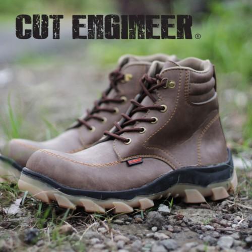Foto Produk Cut Engineer Safety Boots Hikers Slip Resistant Cokelat Tua dari Cut Engineer