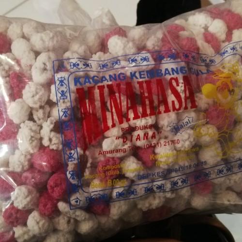 Foto Produk Oleh-Oleh/Jajanan / Khas Manado - Minahasa Kacang Goyang Putih Pink B dari Mancity