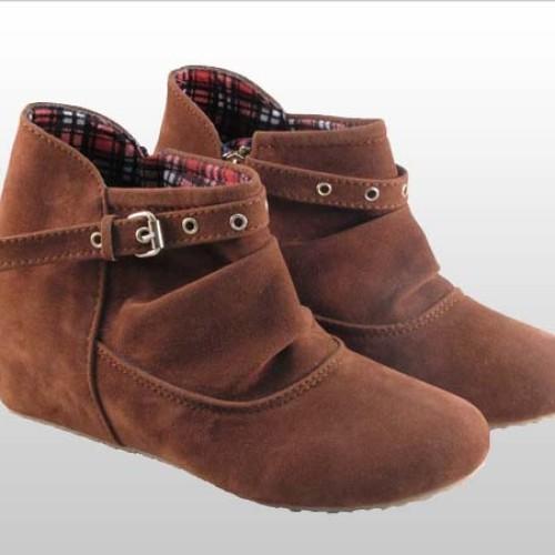 Foto Produk SALE - Sepatu Boot Wanita Bougenville BV-111 - 37 dari Online Shop Sepatu
