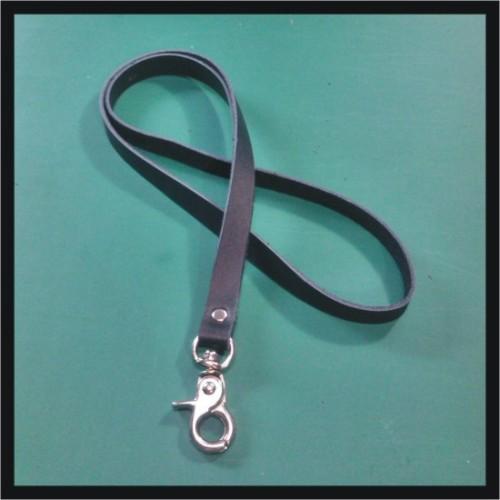 Foto Produk tali id card kulit asli warna hitam | lanyard name tag | leather goods dari philo