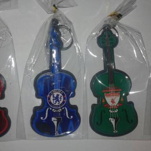 Foto Produk souvenir gantungan kunci biola unik murah dari reyhan souvenir
