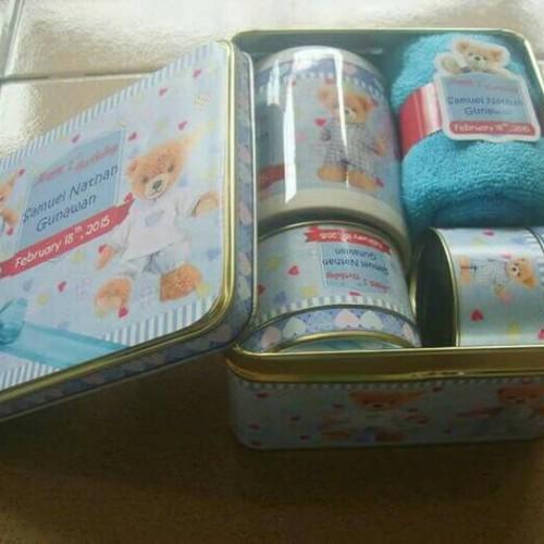 Foto Produk hampers#baby one month# souvenir baby# souvenir syukuran dari Chloe boetik