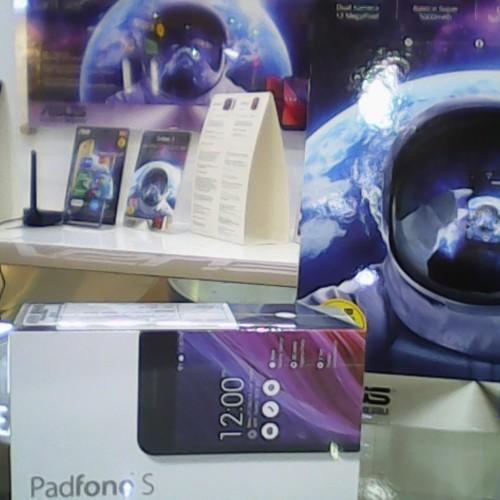 Foto Produk ASUS Padfone S dari Asus Store BEC