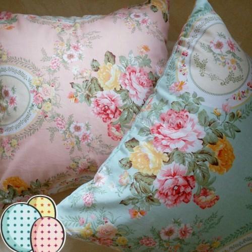 Foto Produk Sarung Bantal Sofa 50x50 dari My Pretty Room