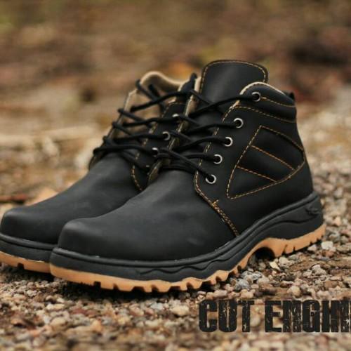 Foto Produk Sepatu Safety Cut Engineer Hitam Kren bro dari Cut Engineer