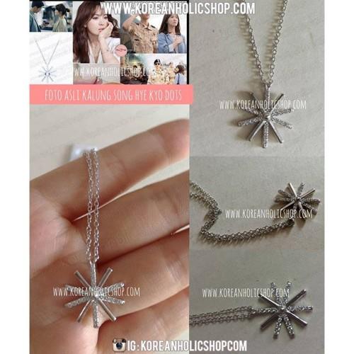 Foto Produk Kalung Song Hye kyo Descendants of the sun flower diamond dari Koreanholicshop