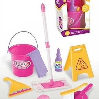 Foto Produk Little Helper Cleaning Set Mainan Anak Sapu-Sapuan dari toy house