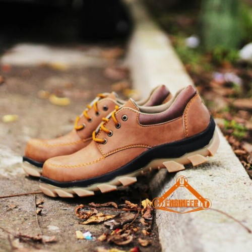 Foto Produk saepatu safety low boots cut engineer murah aja bro dari Cut Engineer