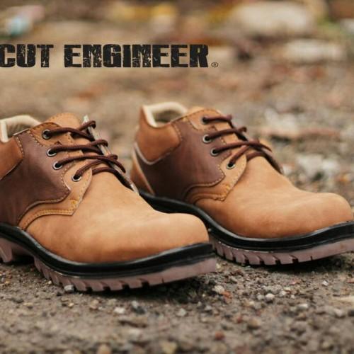 Foto Produk Hikers Iron Safety Low Boots Roman Brown dari Cut Engineer