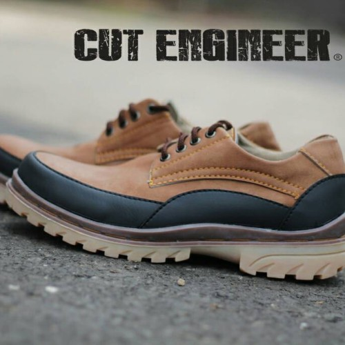 Foto Produk Hikers Shoes Safety Comfort Low Boots Leather Brown dari Cut Engineer