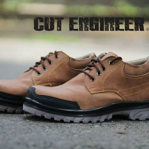 Foto Produk Hikers Shoes Safety England Comfort Low Boots Brown dari Cut Engineer