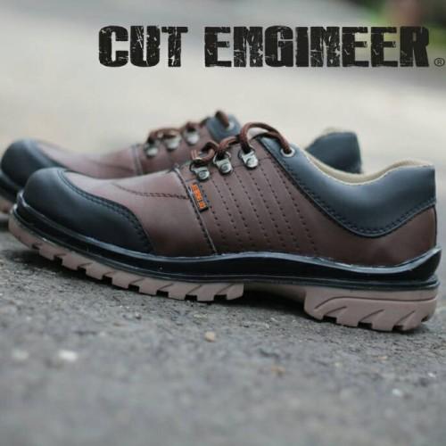 Foto Produk sepatu low boots safety cut engineer kren bro dari Cut Engineer