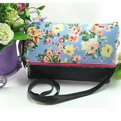 Foto Produk lipat bunga slingbag dari Denuza's Store
