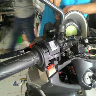 Foto Produk SAKLAR VIXION OLD PNP YAMAHA NMAX dari tebe acc motor