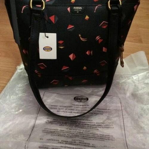 Foto Produk Fossil Gifting Small Black Multi dari ADA Mart
