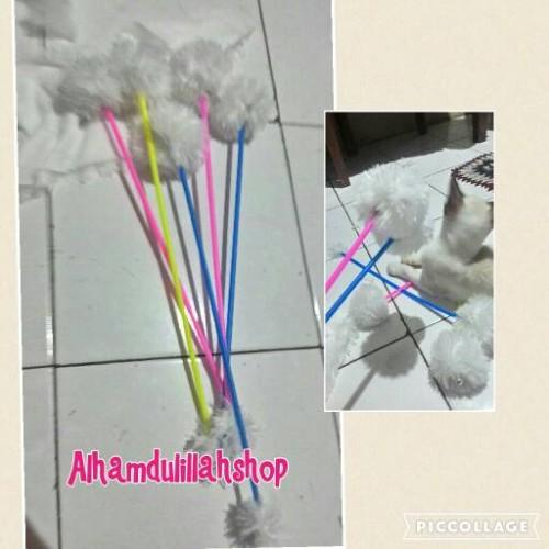 Foto Produk mainan tongkat bulu putih untuk mainan kucing dari alhamdulillahshop
