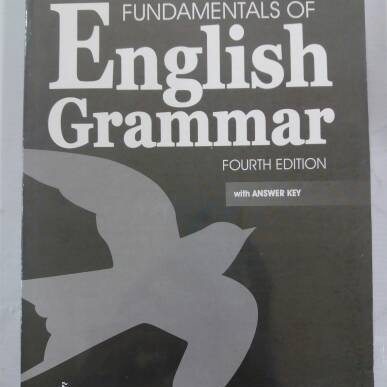 Foto Produk fundamental of english grammar ( betty schrampfer azar ) dari rheny book store