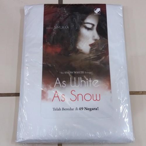 Foto Produk Novel As White As Snow (The Snow White Trilogy #2) - Salla Simukka dari Pusat Komik