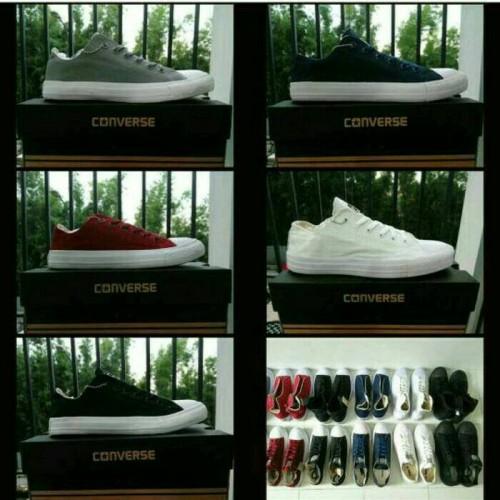 Foto Produk sepatu chuck taylor low dari Saturday24H
