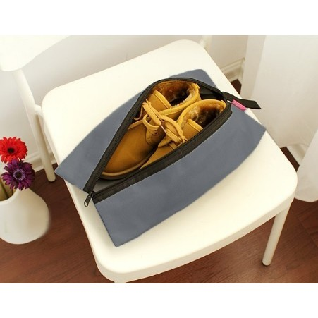 Foto Produk tas sepatu cover sarung sepatu traveling shoe bag polos waterproof dari lbagstore