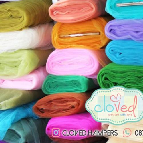 Foto Produk Kain Tile permeter (bungkus souvenir/diy/dekorasi pesta/dll) dari Cloved Hampers