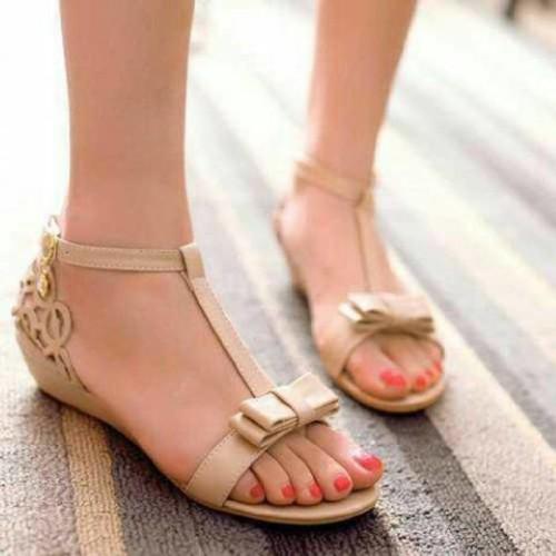 Foto Produk Sandal Sepatu Flat Shoes Laser AC21 / AC20 Cream dari Nin's Collections