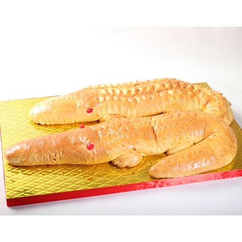 Foto Produk Roti Buaya Besar (2 besar) / Seserahan Pernikahan Adat Betawi dari Stelete Cake
