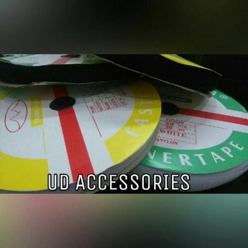 """Foto Produk perekat / velcro / Nylon tape merk Toyama 3/4"""" (2cm) dari UD GARMENT & ACCESORIES"""