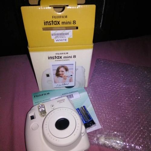 Foto Produk Fujifilm Instaxmini 8 White dari Secondstuffmalang