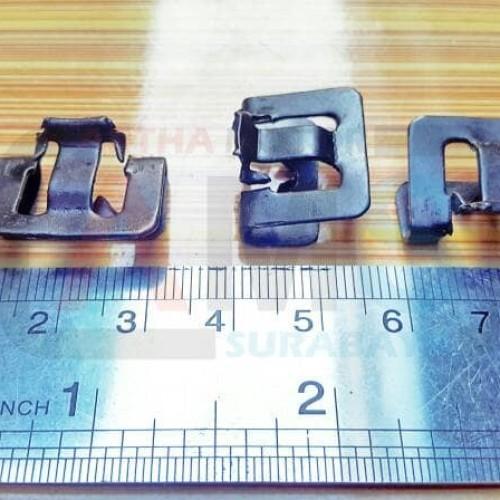 Foto Produk Kancing Klip Pelipit Kaca / Wheater Strip Full Besi dari ARTHA MOTOR SURABAYA