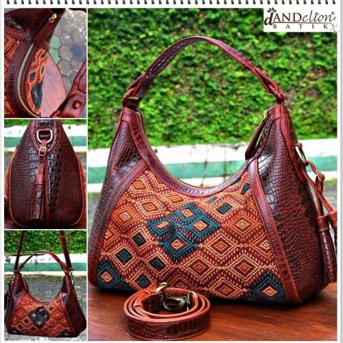 Foto Produk Tenun Pahikung Sumba - Dandelion Bag Preloved dari PIKOE NIKOE
