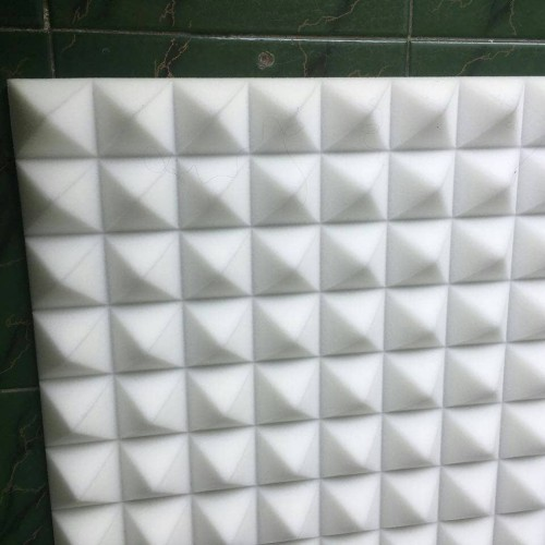 Foto Produk busa peredam suara piramid warna putih dari peredamsuara
