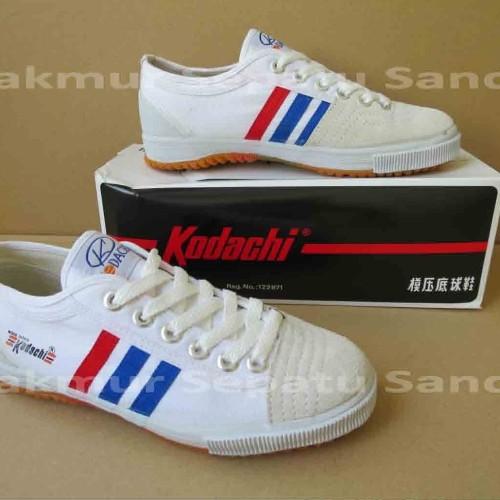 Foto Produk Sepatu Capung - Kodachi 8111 - White dari Makmur Sepatu Sandal