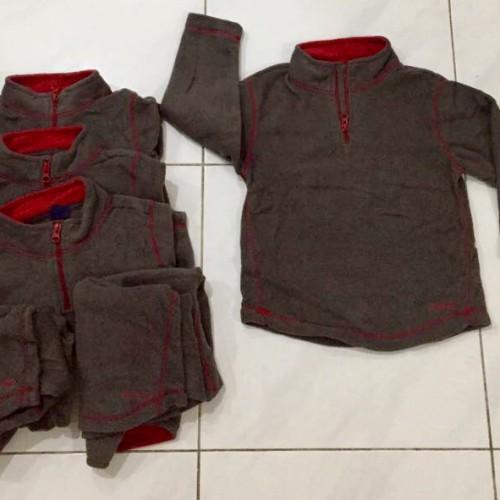Foto Produk Sweater Baby Gap abu krah merah - 5 thn dari au'let