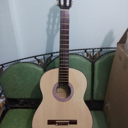 Foto Produk Gitar Classic Nylon Yamaha Natural Murah Jakarta dari Hope Music Shop