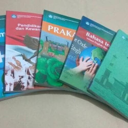 Foto Produk Paket 5 Buku Kelas 7 SMP Revisi 2017 dari Gerai Buku Sekolah