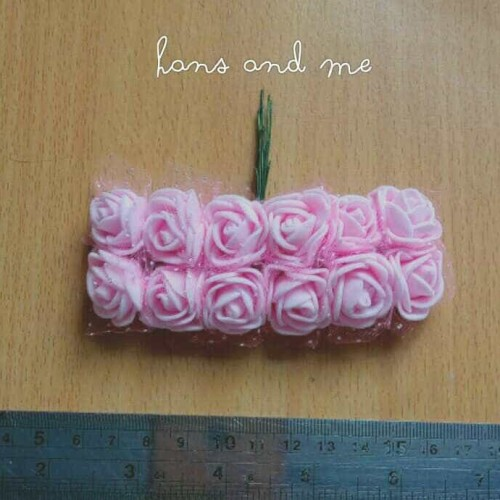 Foto Produk Bunga Mawar Gabus Tile warna Pink Muda (12 tangkai/set) dari Hans and Me