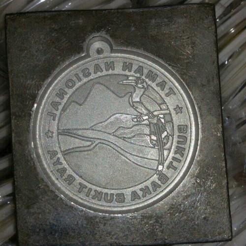 Foto Produk Moulding/ Matres cetakan gantungan kunci karet dari karet custom