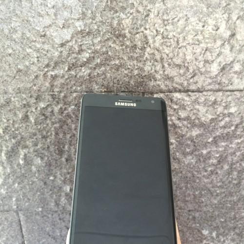 Foto Produk Samsung Galaxy Note Edge 32gb Black (single sim) dari Eka Android