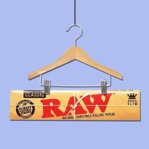 Foto Produk Jual Papir / Kertas linting / Rolling paper 'RAW Classic Kingsize ' dari T.Dynamite