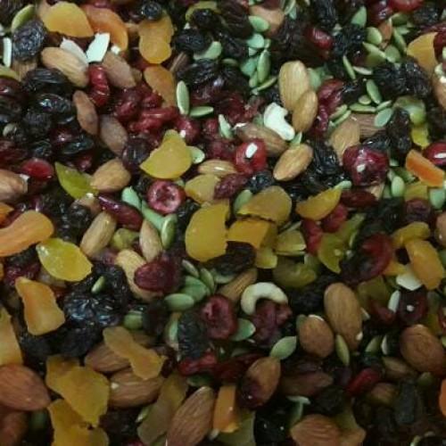 Foto Produk RAW MIX COMPLETE BOOST (TRAIL MIX) ISI 7 MACAM DRIED FRUIT DAN NUT dari TOKOSUPERSEHAT
