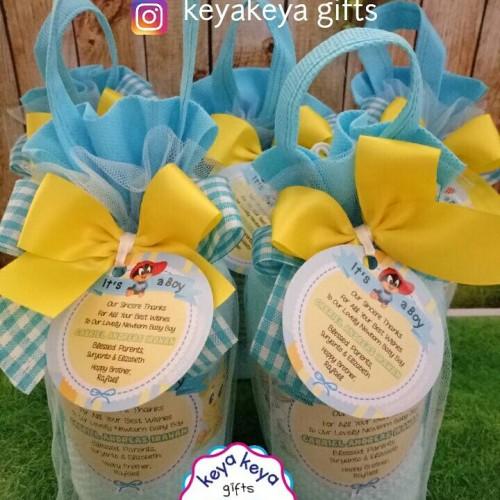 Foto Produk [Souvenir One Month] Handuk Label Tema Looney Tunes dari KeyaKeya Gifts