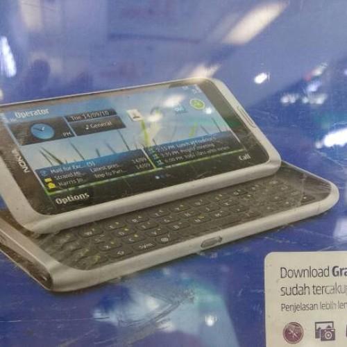 Foto Produk nokia communicator lebih baru dari ego e90 seri e7 original dari bjmshopnowonline