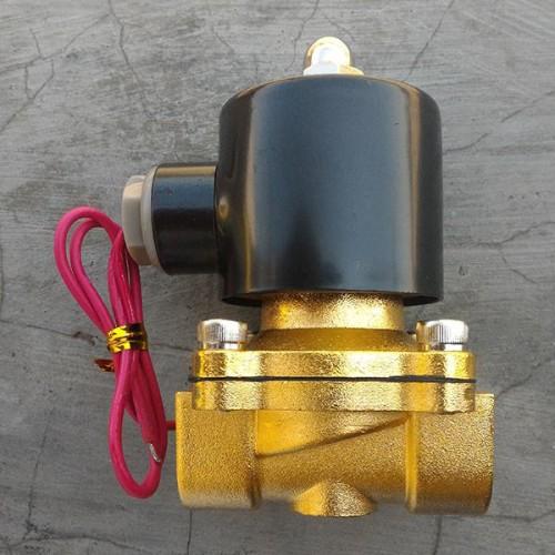 Foto Produk Solenoid Valve Kuningan 1/2 Inchi 220AC Normaly Closed dari Elektrobo